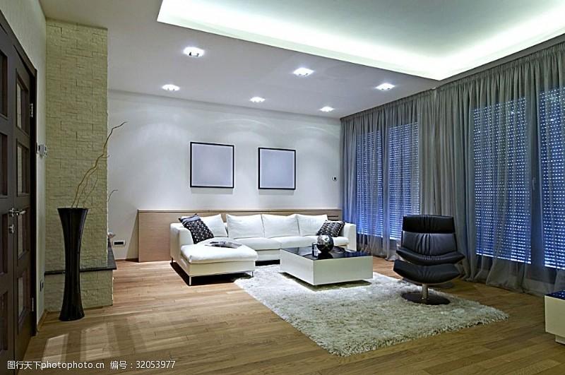 寬敞明亮的客廳