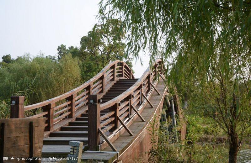 木头桥木桥