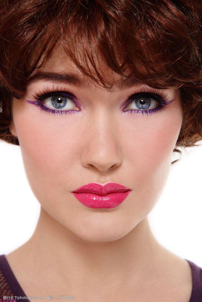 浓妆眼影性感化妆模特美女图片