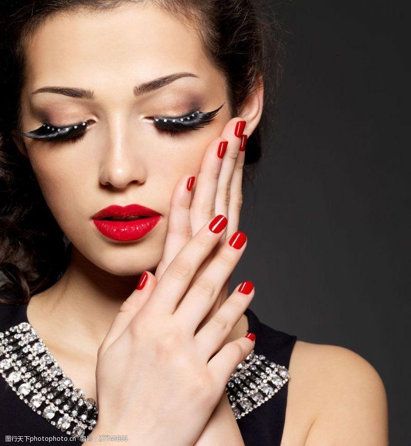 浓妆美女国外时尚美女摄影图片
