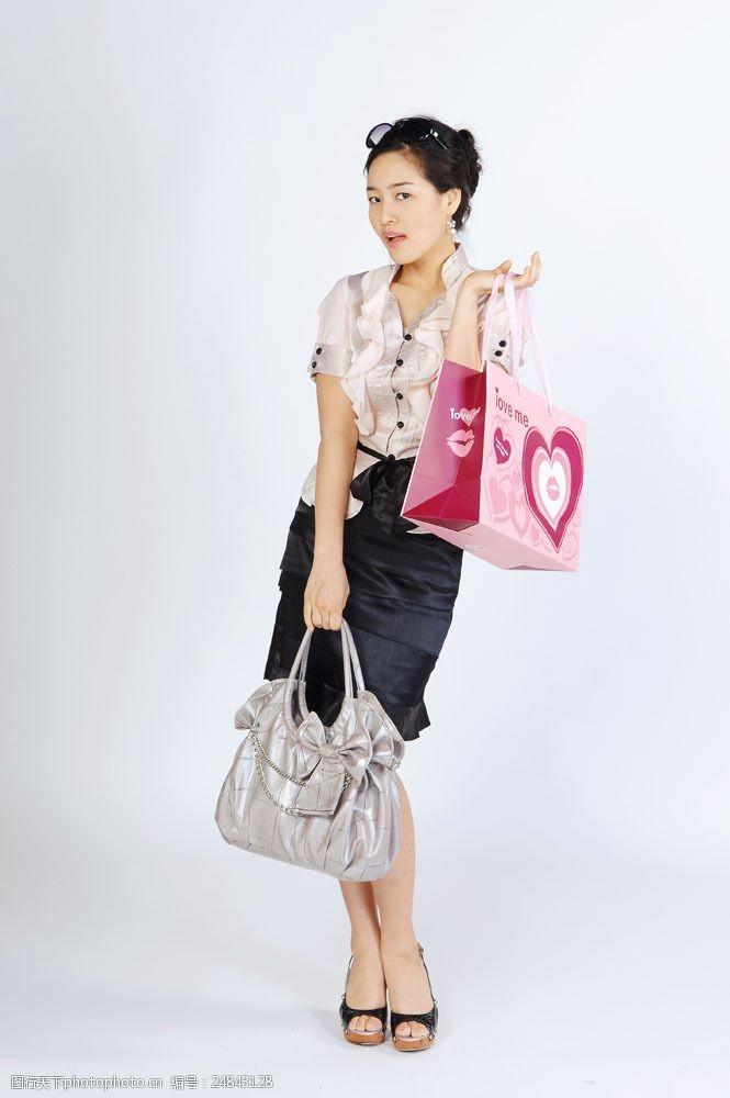 化妆品高清图片妖艳购物女性图片
