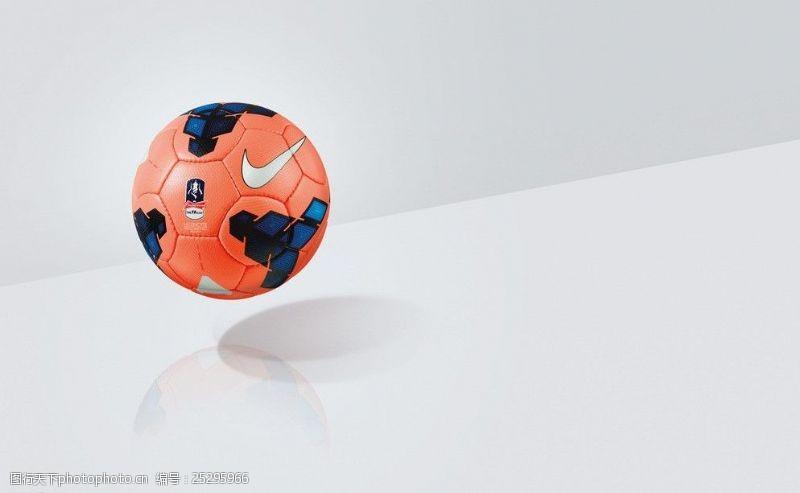比赛用球广告图片