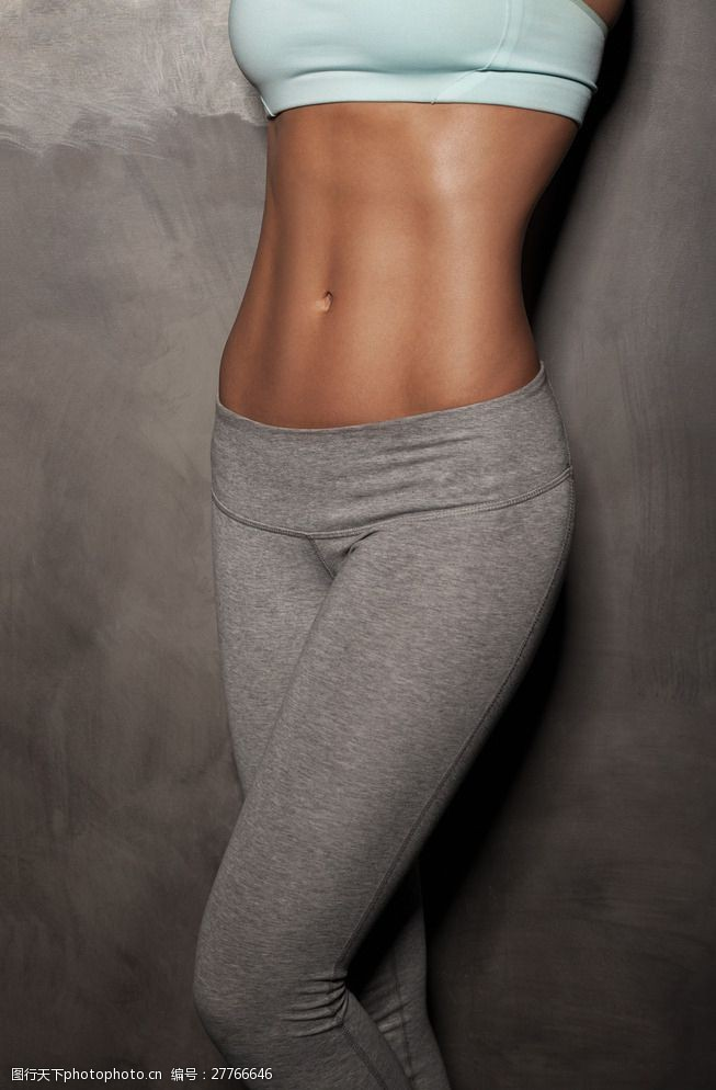 健身所健身美女图片