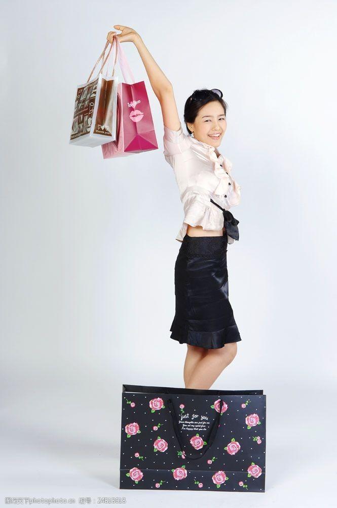 化妆品高清图片欢乐购物女性图片